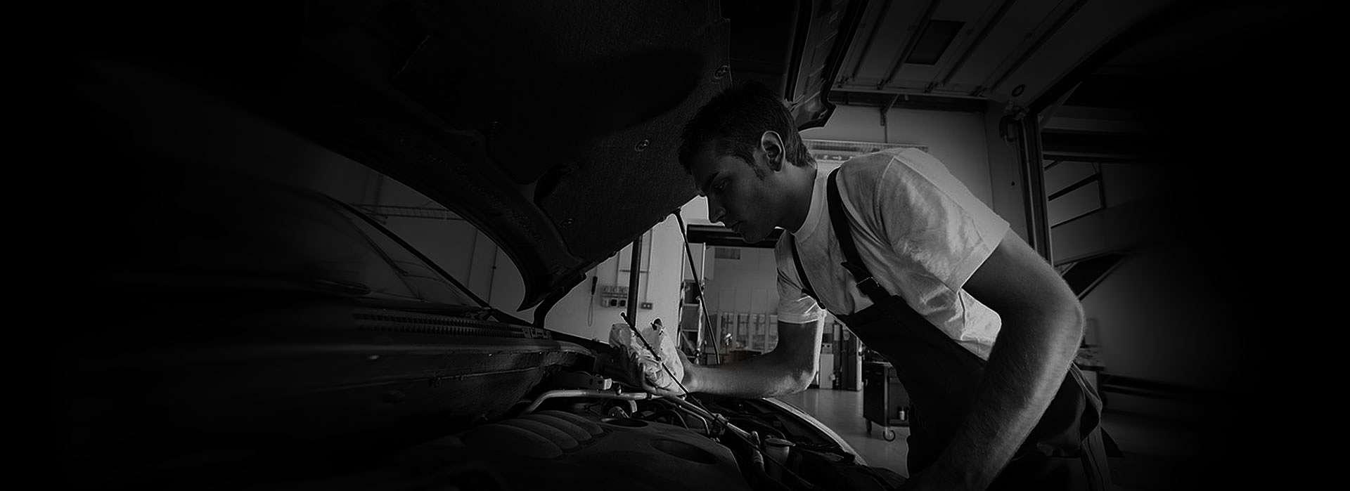 opt-mechanic-bg
